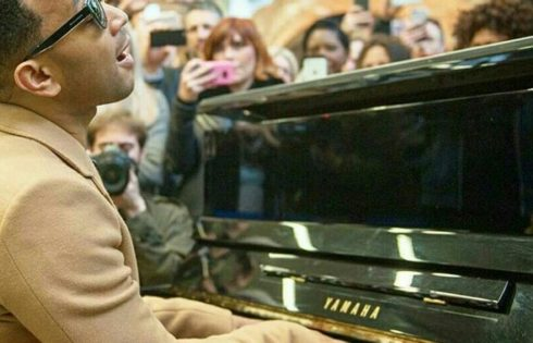 Watch Singer John Legend Perform Impromptu Medley At London Train Station