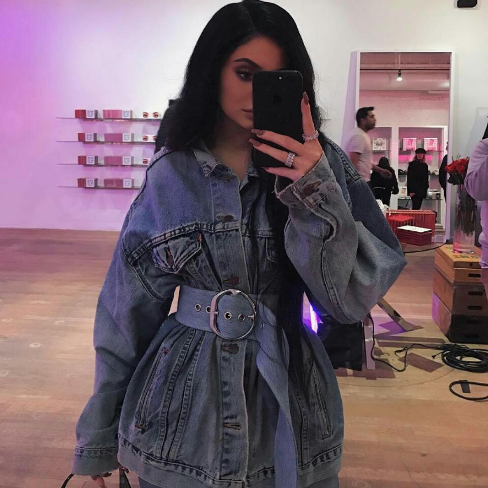 Kylie Jenner Stirs Controversy In Topless Photo While Puffing Cigarette