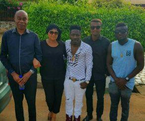 Shatta Wale Visits Mahama Family