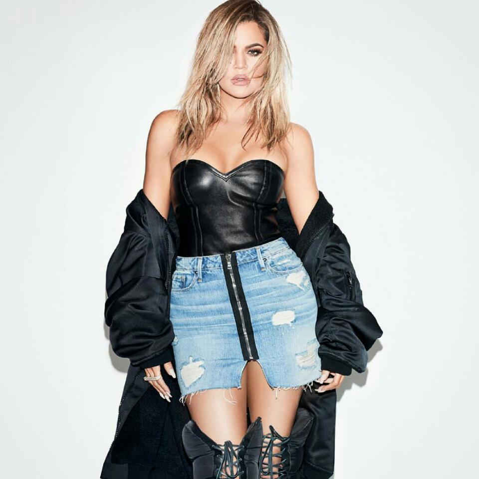 Kylie Jenner Pictured Licking Khloe Kardashian's Boob