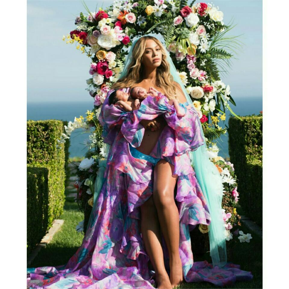 Beyonce Shares First Photo Of Twins Sir Carter And Rumi