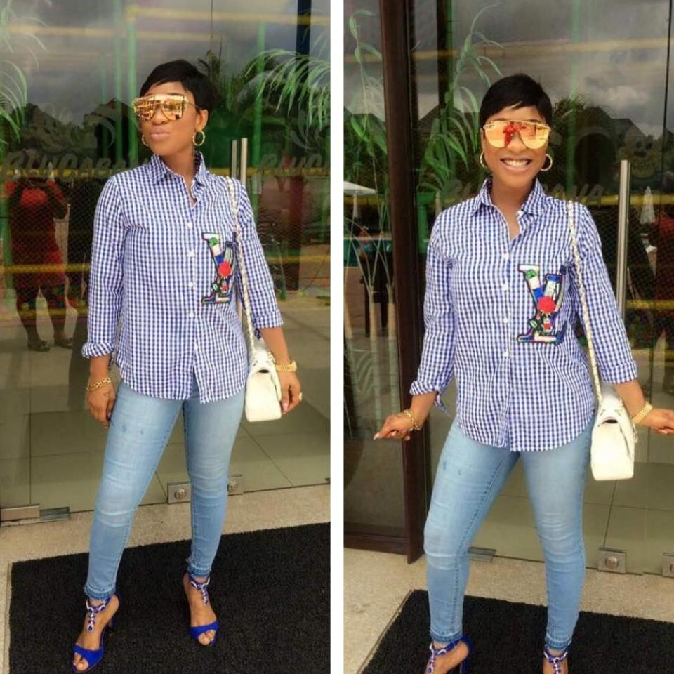 Tonto Dikeh Steps Out For A Casual Day