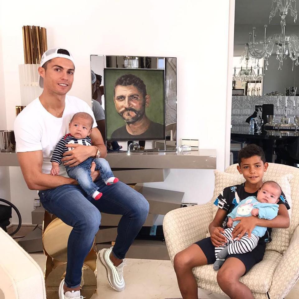 Tribute Cristiano Ronaldo Paid To His Late Father Alongside Newborn Twins