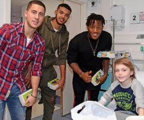 Chelsea Superstars Visited The Kids At Chelsea & Westminster Hospital