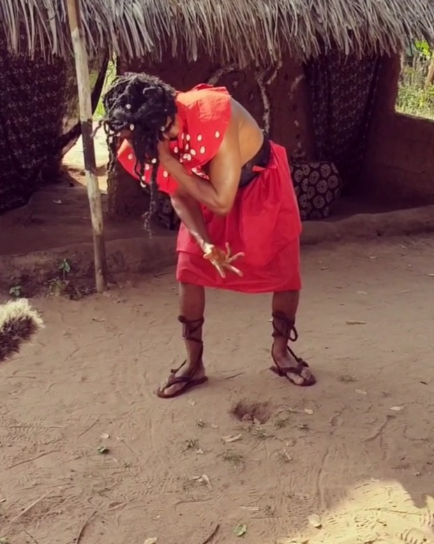 Junior Pope Receives Hot Slap From Chizzy Alichi (6)
