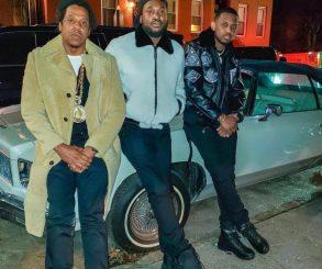 Jay-Z Gifts Meek Mill An Original Roc-A-Fella Chain