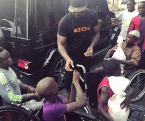 Peter Okoye Hits The Streets With Surprise Package For The Needy