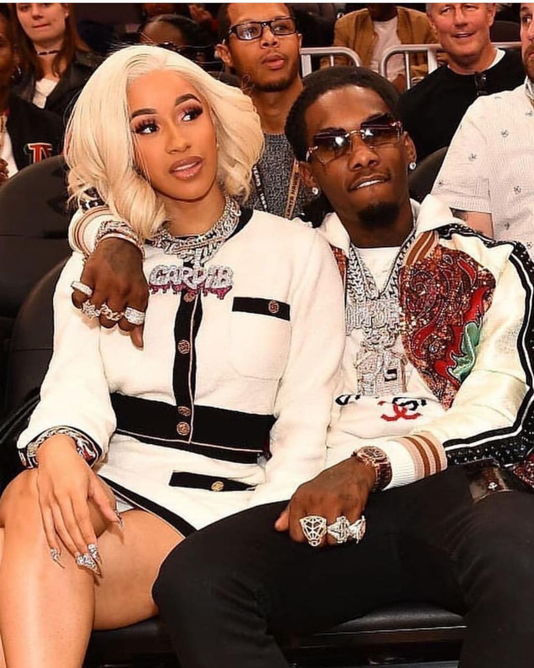 Cardi B With Offset (4)