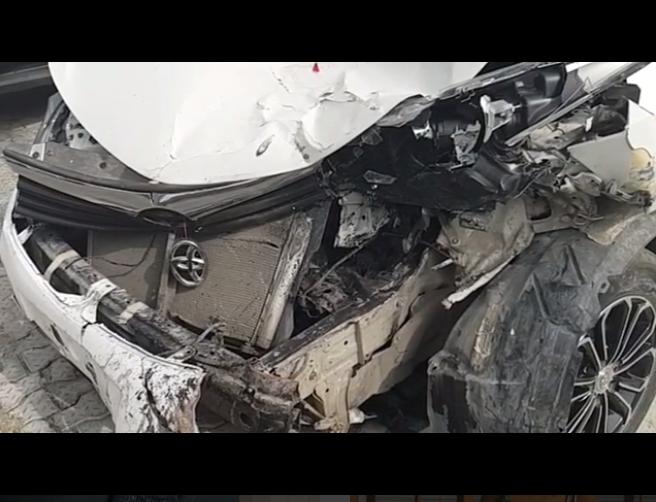 Khloe Survives Ghastly Motor Accident (2)