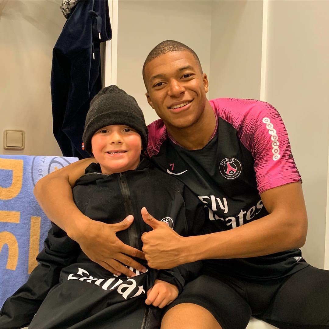Neymar's Son Davi Lucca da Silva Santos Poses With Kylian Mbappe