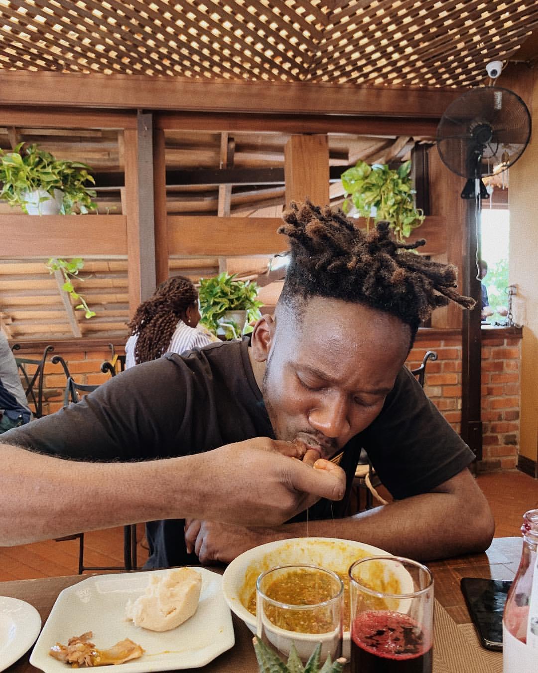 Mr Eazi And Girlfriend Temi Otedola Pictured Eating Banku (2)