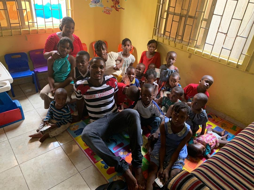 Odion Ighalo Spends Time With Homeless Kids At His Orphange (2)