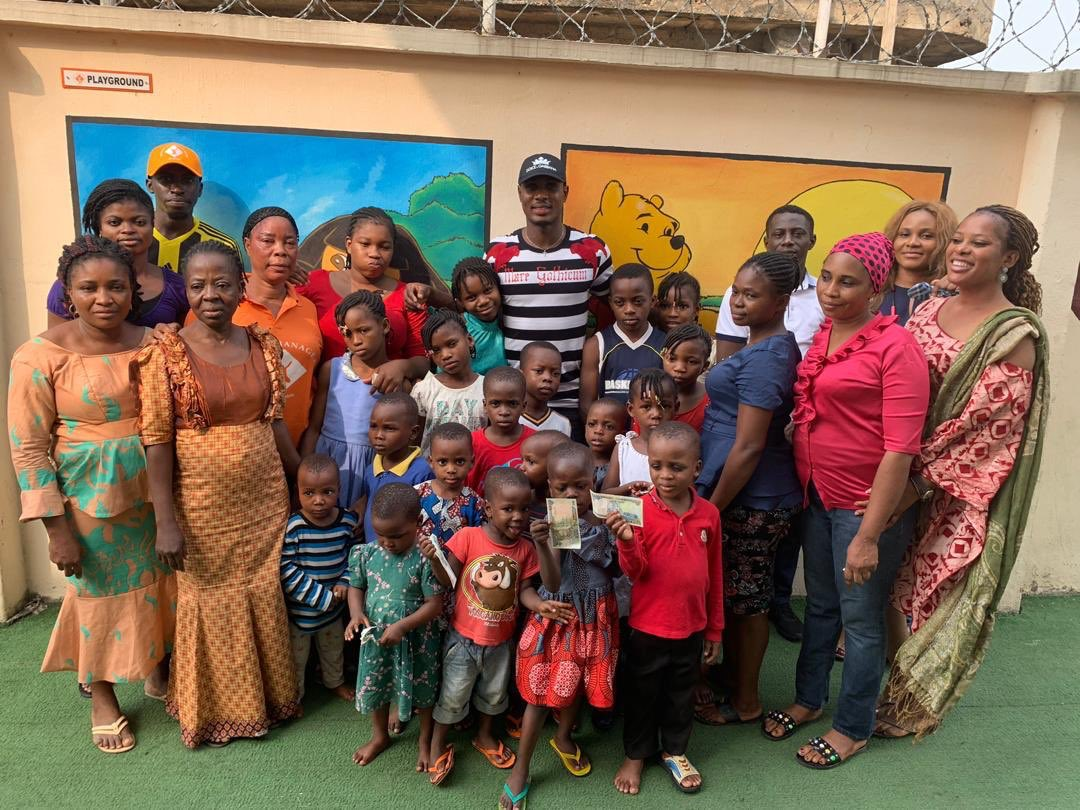 Odion Ighalo Spends Time With Homeless Kids At His Orphange (4)