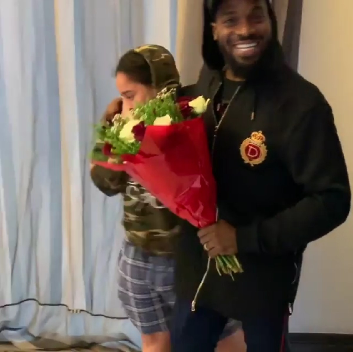 D'banj Surprises Wife Lineo Didi Kilgrow With Gifts On Valentine's Day (6)