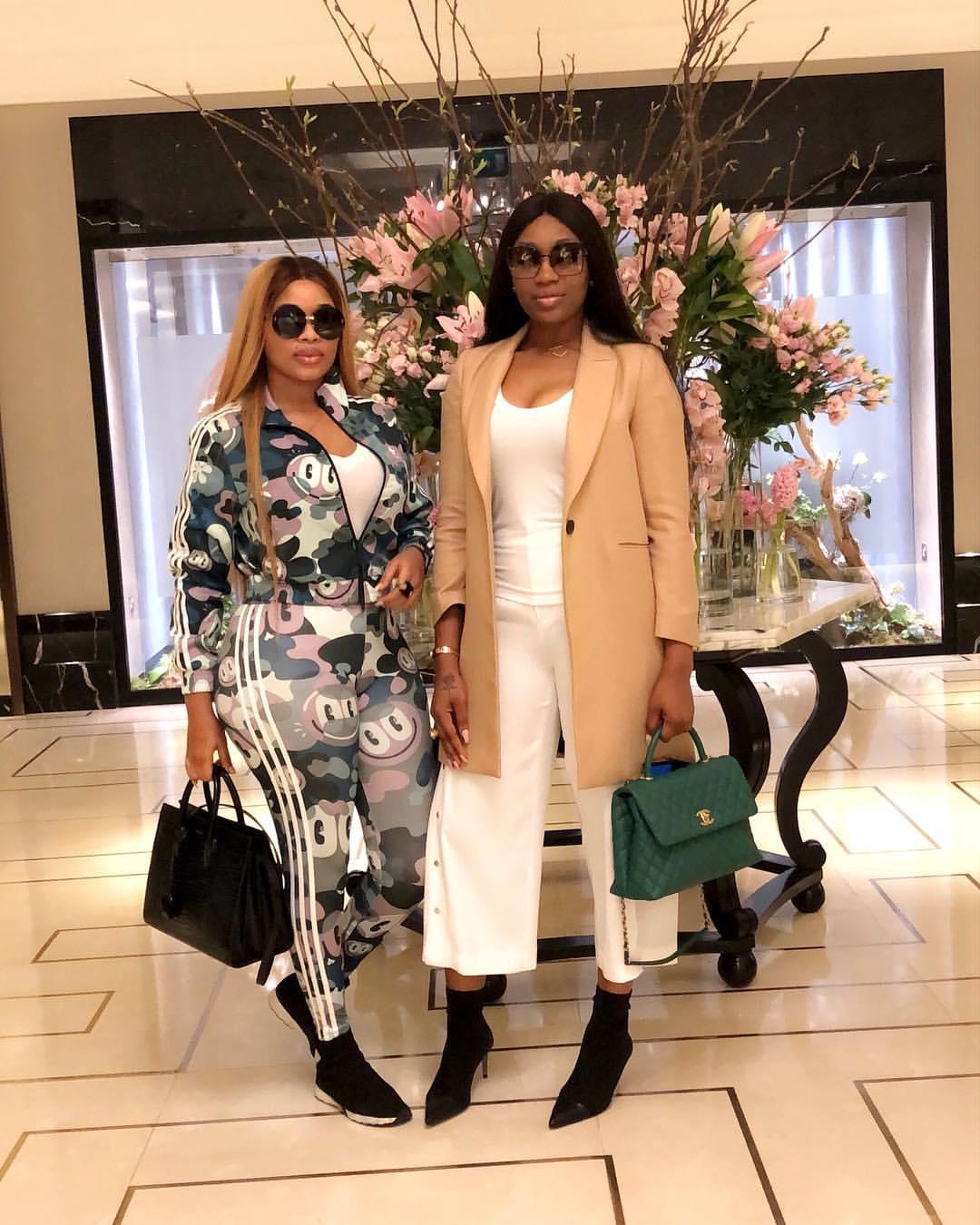 Onyii Alex Strikes Pose With Ebube Nwagbo In London (2)