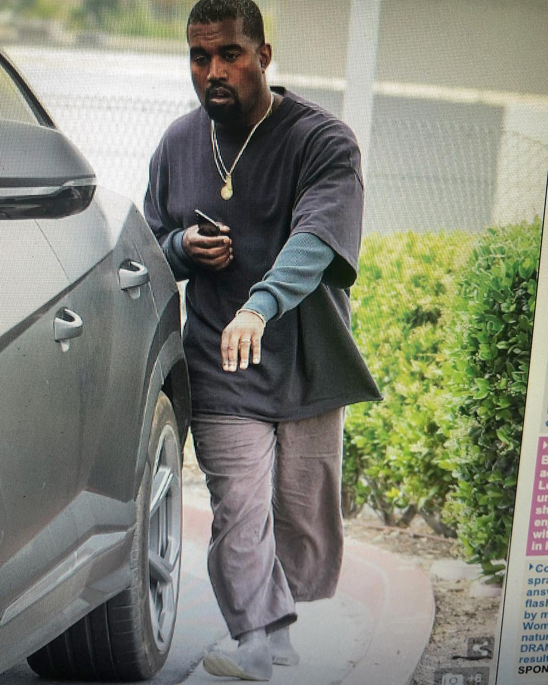 50 Cent Calls Out Kanye West For His Outfit (2)