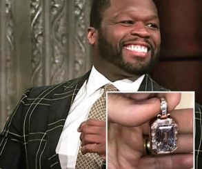 50 Cent Shows Off His Jewellery To Celebrate Himself
