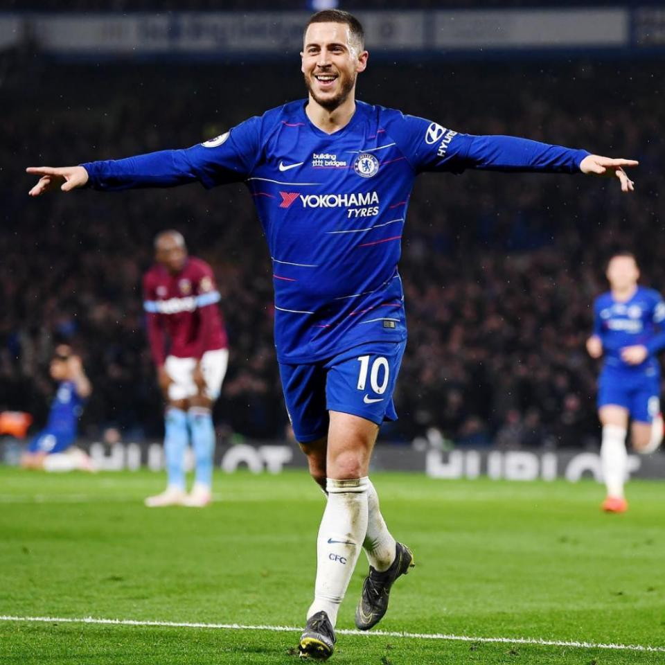 Eden Hazard Wins PFA Fans' Player Of The Year Award