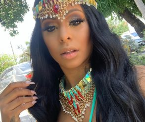 Alexis Skyy Celebrates 3 Million Instagram Followers