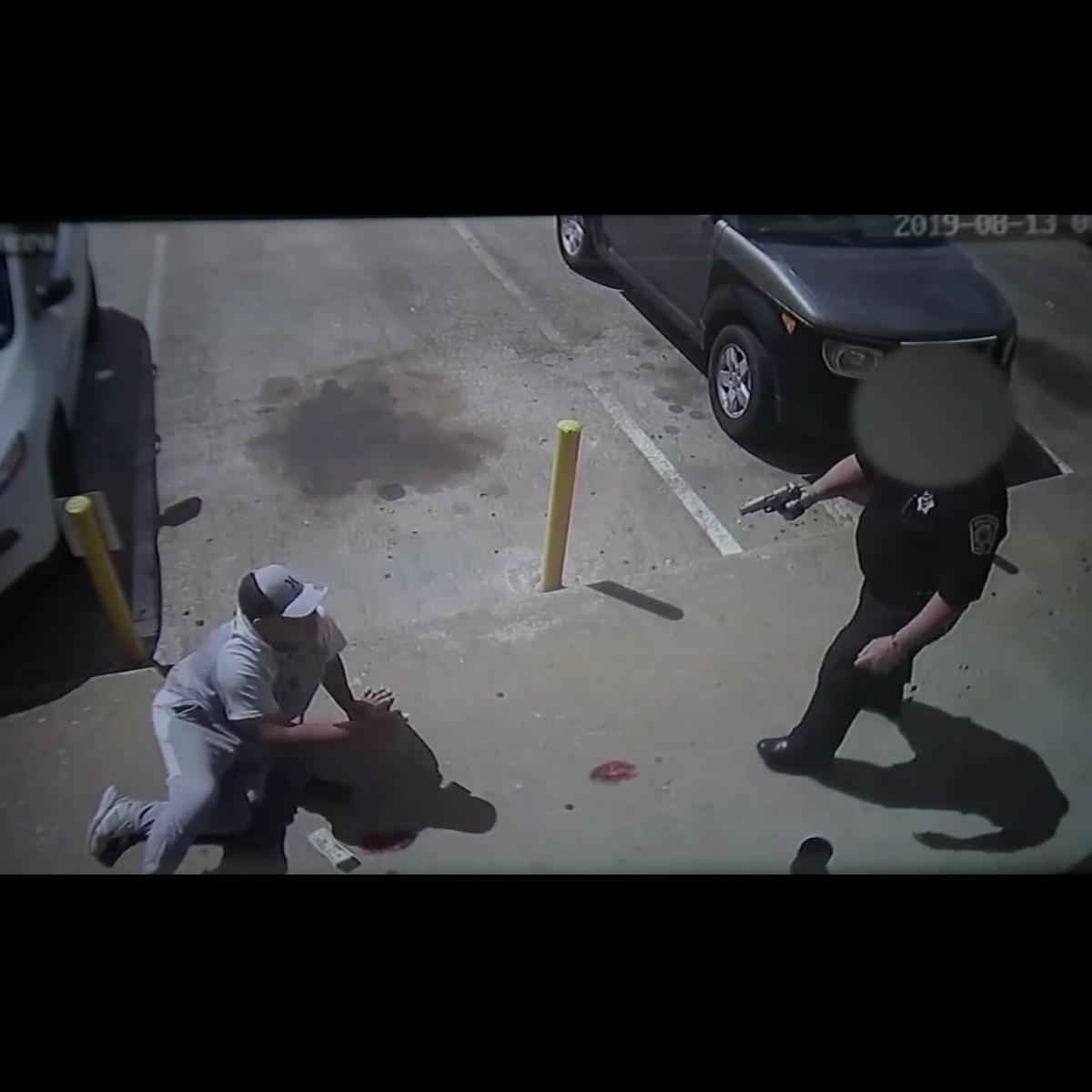 Texas Accused Robber Begs Armed Guard Who Shot Him