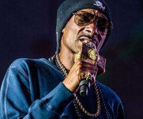 Snoop Dogg Fills Void In Music Industry