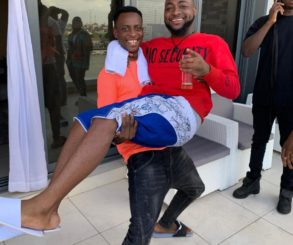 Comedian Sydneytalker Carries Davido Up Like A Child