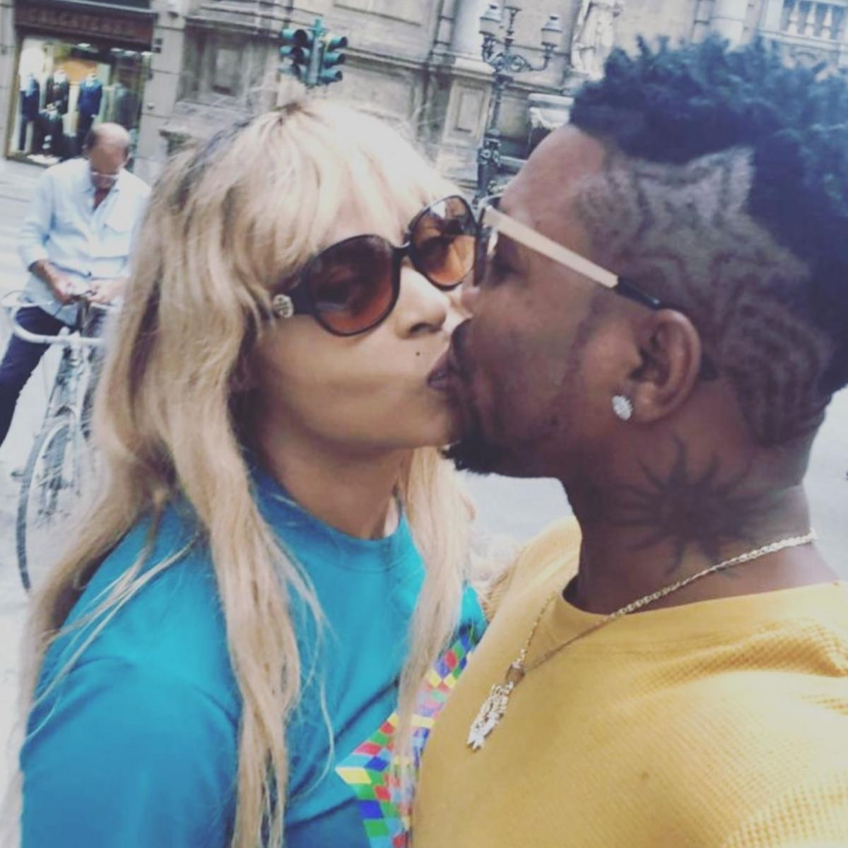 Oritsefemi And His Wife Loved Up Italy Vacation Photos