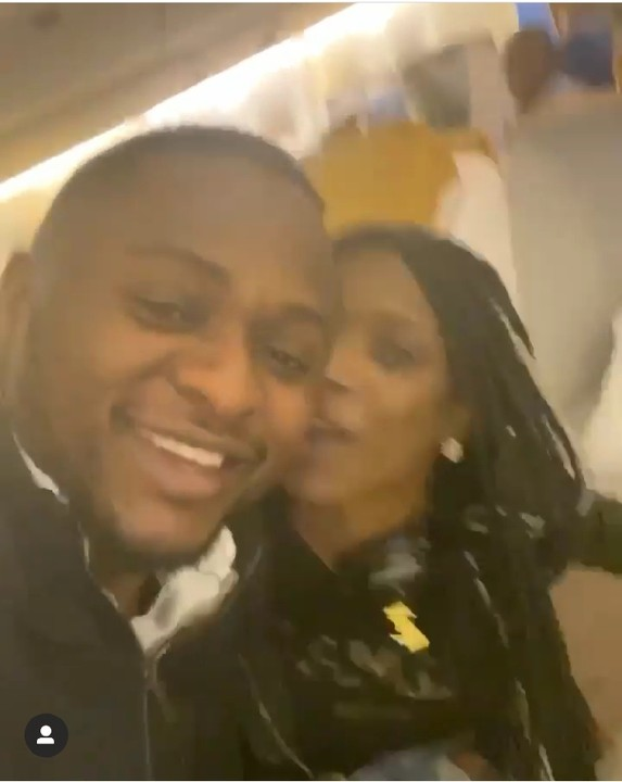 Annie Idibia Gives Ubi Franklin A Peck While On The Plane (2)