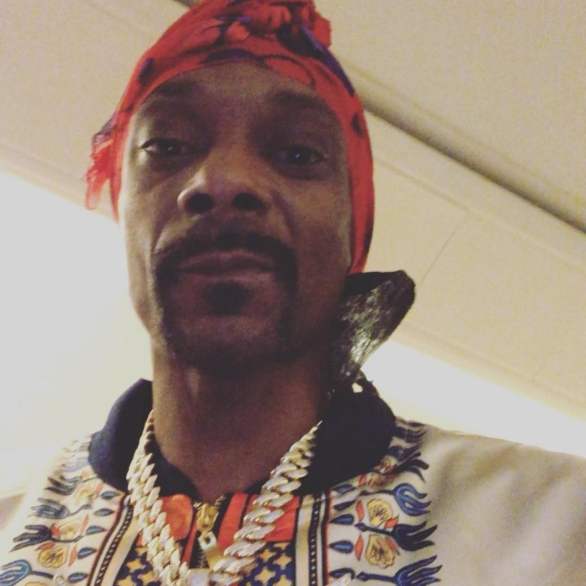 Snoop Dogg Trolls Offset With Photo Of His 'Little Brother'