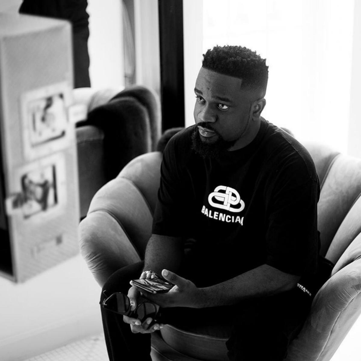 Sarkodie Shows Off Wife's Cooking