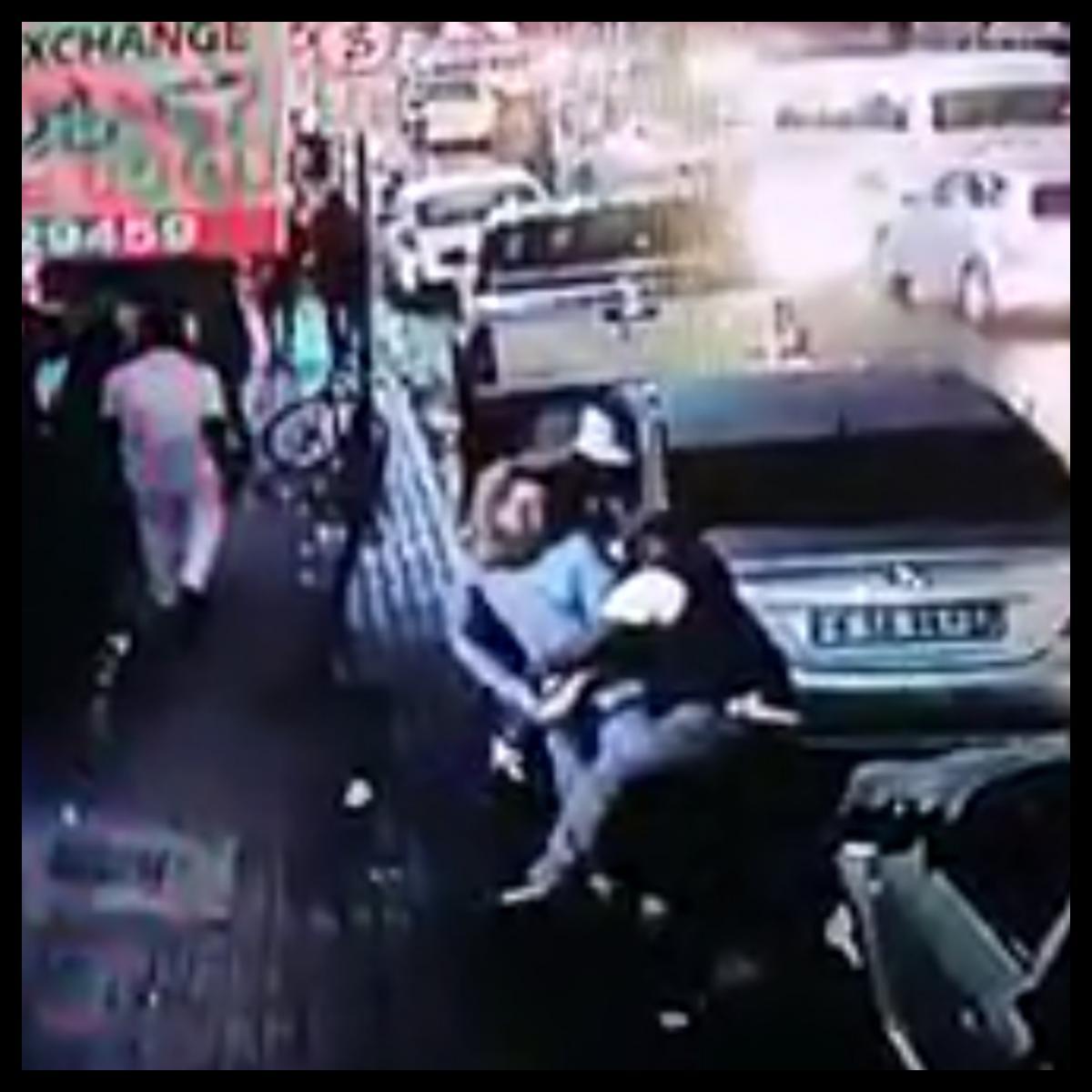 Thugs Choke And Rob Man In Johannesburg CBD