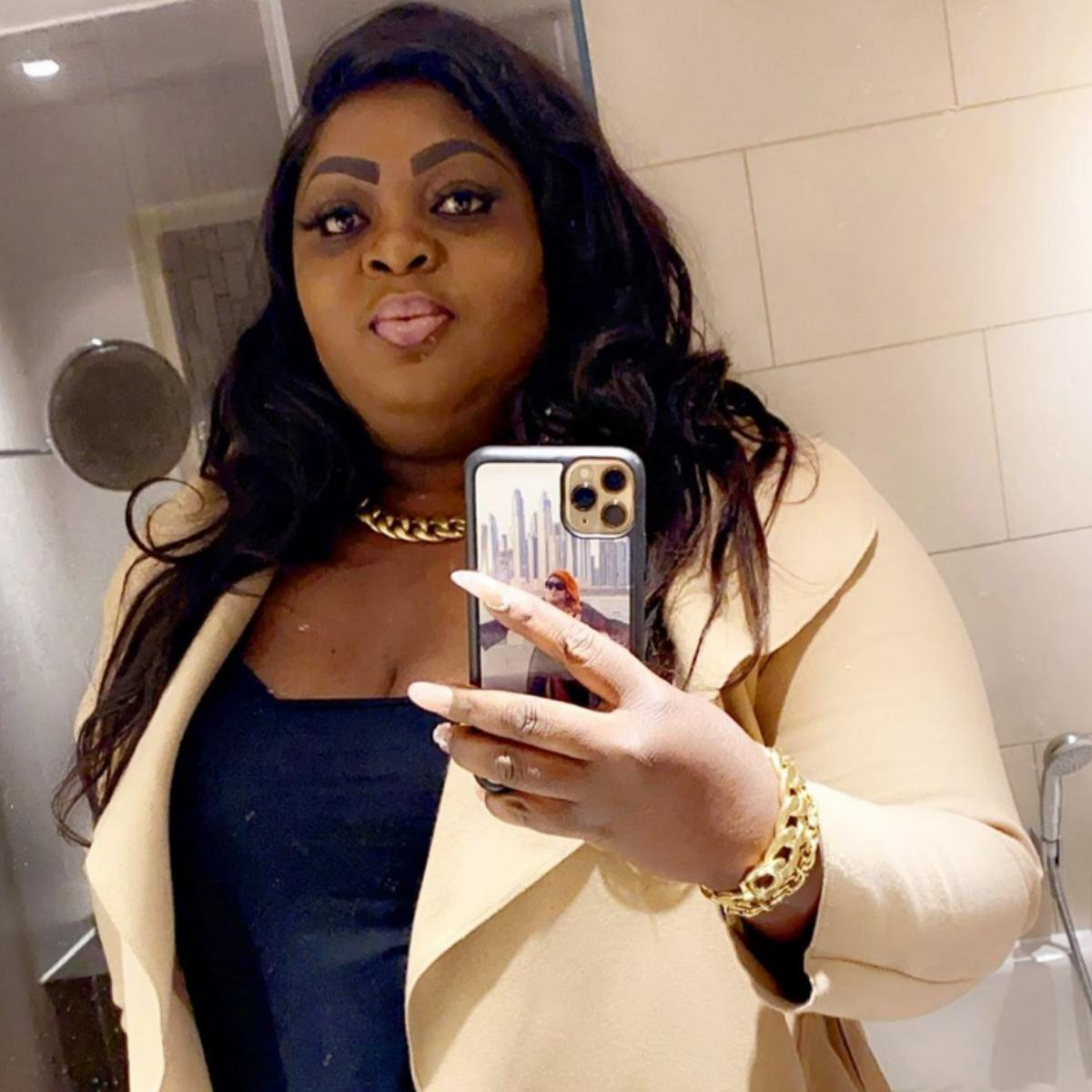 Eniola Badmus Alert Of N1million From Someone She Doesn't Know
