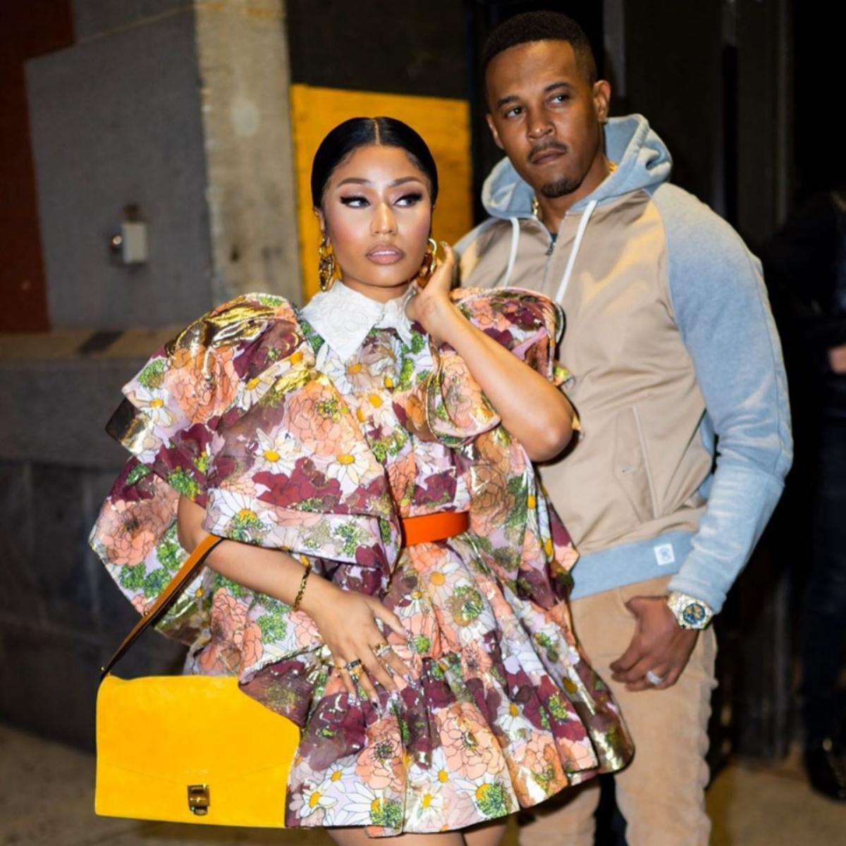 Nicki Minaj Hints That She's Pregnant