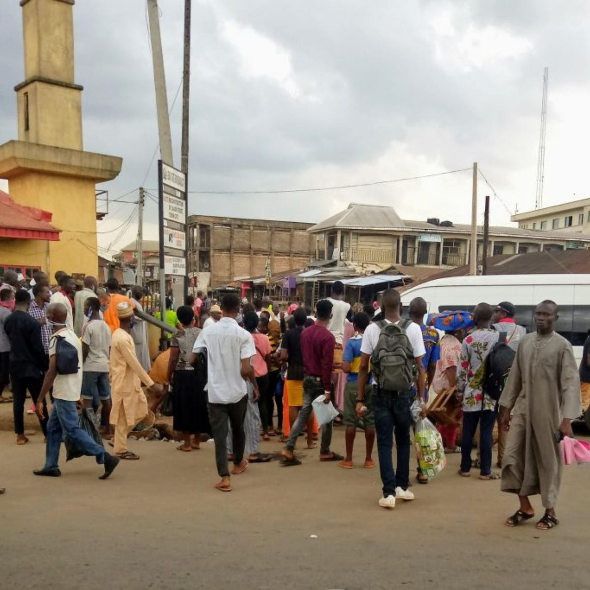 Police Officers Beat Soldier For Refusing To Wear Face Mask Benin