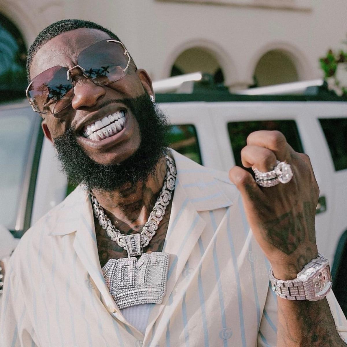 Gucci Mane $250K Diamond Encrusted Teeth